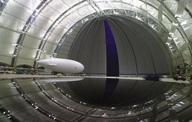 spy_blimp_388-sept07.jpg