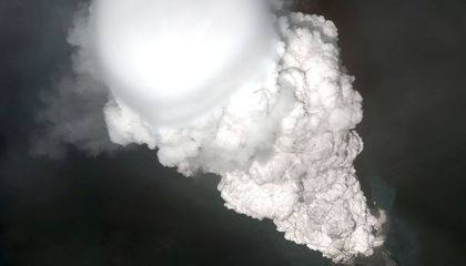 Hear the Sounds of Volcanic Thunder Recorded For First Time Ever