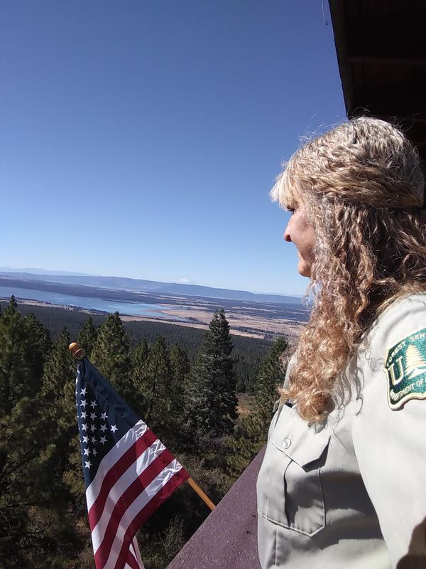 Horsefly Lookout is Rebecca's fourth tower she worked in 2019 on the Fremont-Winema N.F. It is the tallest tower she worked at, 65 feet tall.jpg