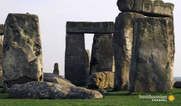 Preview thumbnail for video'Evidence Suggests Stonehenge Was an Elite Cemetery