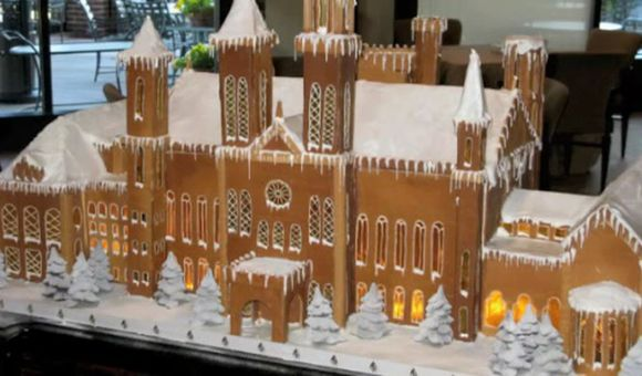 Preview thumbnail for video'A Gingerbread Smithsonian Castle