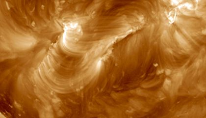 NASA Captures Mesmerizing Video of Cascading Magnetic Arches on the Sun