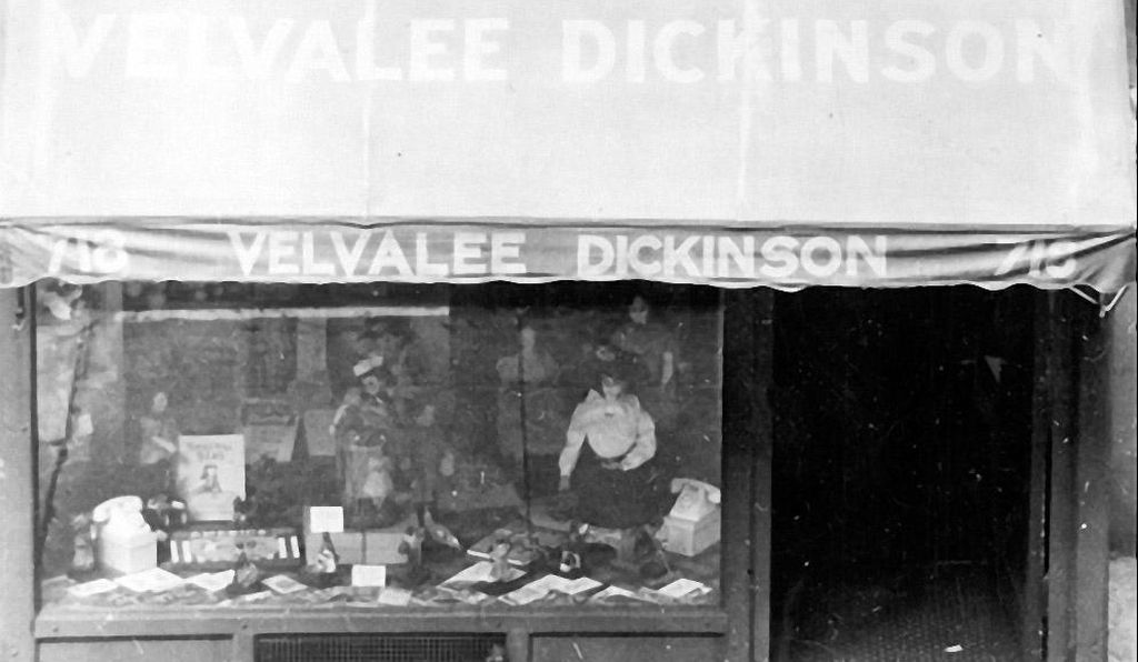 The storefront of Velvalee's doll shop