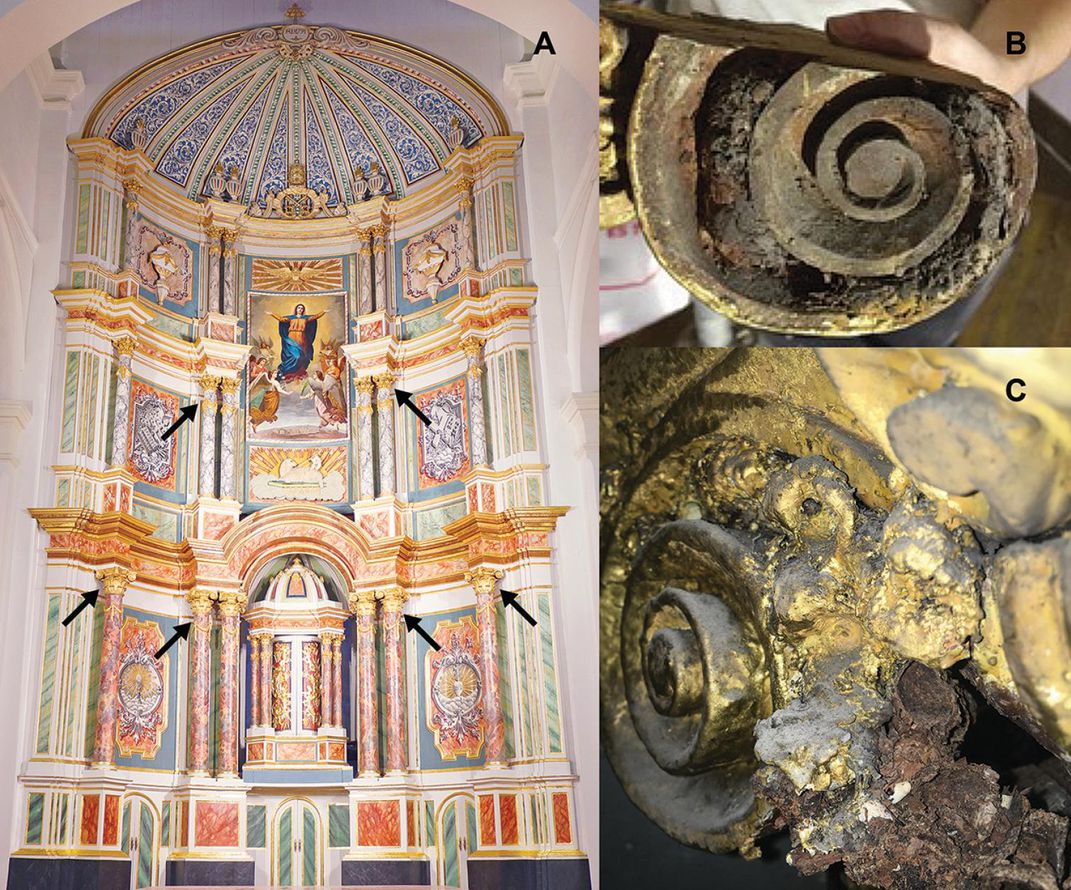 Mummified bee nests' location in altarpiece