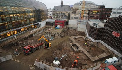 Cologne Archaeologists Unearth Foundations of Germany's Oldest Known Library
