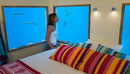Sleeping in This Underwater Hotel Room Is Like Staying in an Artificial Reef