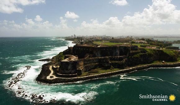 Preview thumbnail for video'Why This Giant Puerto Rican Fort Kept Growing