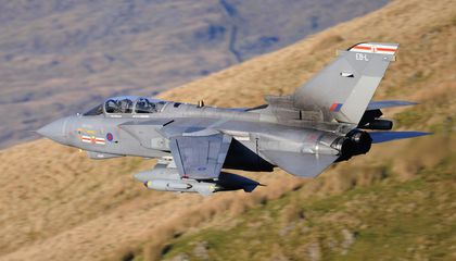 Want to See a Fighter Jet Fly Low and Fast? Here Are Some Prime Viewing Spots