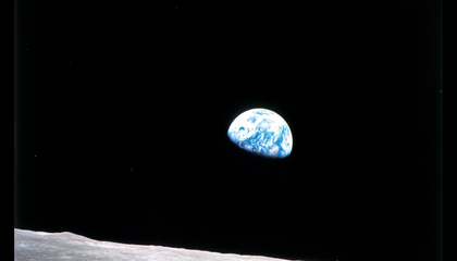 NASA Recreated the Moment When Apollo 8 Astronauts Captured the Iconic Earthrise Photograph