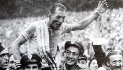 This Italian Cyclist Defied Fascists and Saved Lives