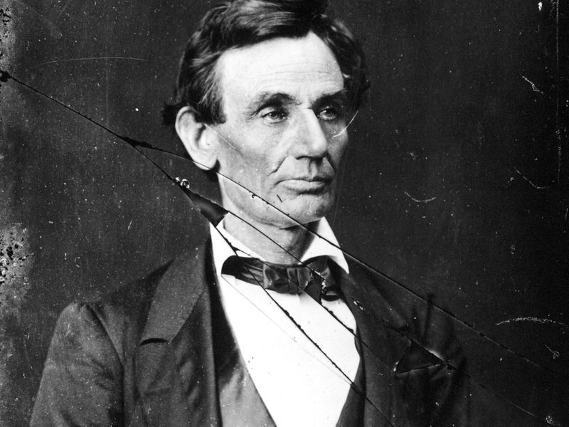 """When Lincoln Was More a Politician Than an """"Honest Abe ..."""