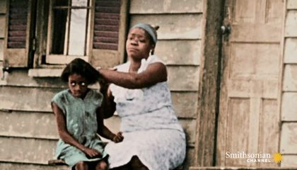 Preview thumbnail for video'How the New Deal Left Out African-Americans