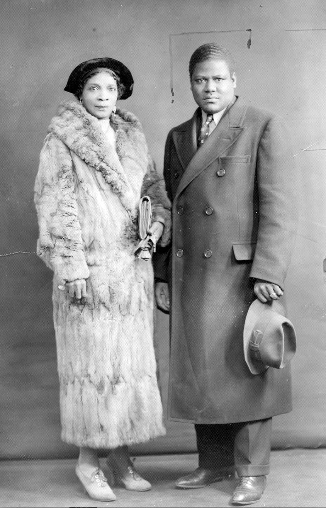 St. Clair (left) and Sufi Abdul Hamid (right) in January 1938