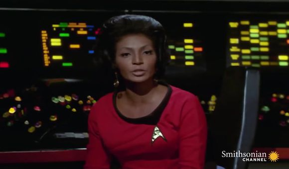 Preview thumbnail for video'Star Trek's Nichelle Nichols on Lt. Uhura's Impact