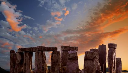 Is Stonehenge a Hand-Me-Down Monument?