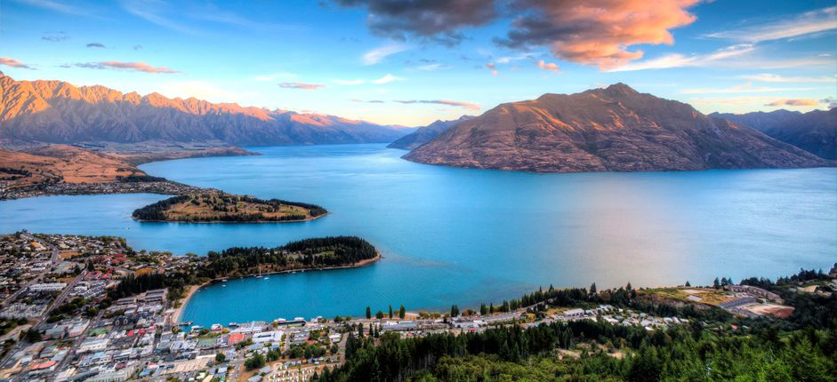 Journey Through New Zealand <p>Explore the natural and cultural highlights of New Zealand&#39;s North and South Islands, including magnificent landscapes and geological features, meetings with the &quot;Kiwi&quot; people, and visits to museums and wineries.&nbsp;</p>