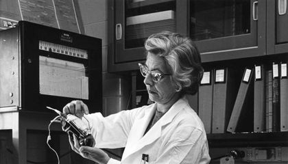 The Woman Who Revealed the Missing Link Between Viruses and Cancer
