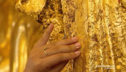How the Thinnest Burmese Gold Leaf Is Made