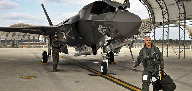 Making-Joint-Strike-Fighter-Pilot-631.jpg