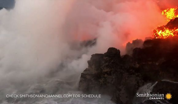 Preview thumbnail for video'Lava From Kilauea Reaches the Ocean