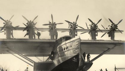 When Giant Airplanes Ruled the Sky