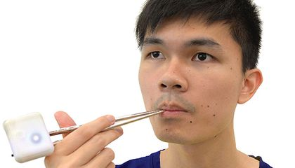 Using Electric Currents to Fool Ourselves Into Tasting Something We're Not