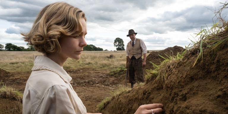 Carey Mulligan and Ralph Fiennes in a still from
