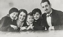 Spared From the Holocaust by His Countrymen, a Jewish Refugee Hopes That Denmark Can Regain Its Humanity