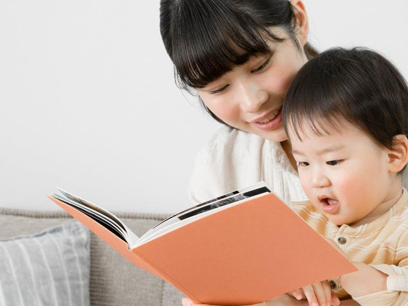 How can you maximize reading's rewards for baby?