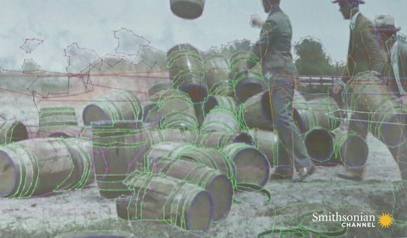Preview thumbnail for video'How Colorized Historical Footage Is Painstakingly Made