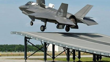 Video: The F-35 Goes Skiing