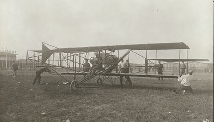 The First Airplane Ad