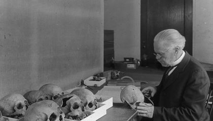When Museums Rushed to Fill Their Rooms With Bones