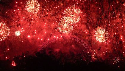 London's New Years Eve Will Feature Edible Confetti And Scented Fireworks