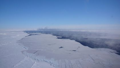 A Mysteriously Massive Hole in Antarctic Ice Has Returned