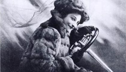 Advice for Drivers From Dorothy Levitt, the Pre-War Racing Record Breaker You've Never Heard Of