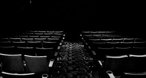Which Seat Should You Pick At The Movie Theater Smart News Smithsonian Magazine