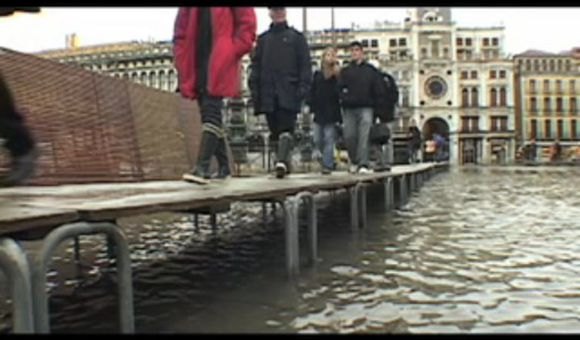 Preview thumbnail for video'Saving Venice
