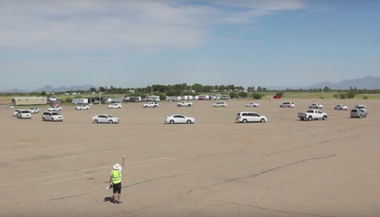 Stop And Go Auto >> Just A Few Self Driving Cars Could Fix Phantom Traffic Jams