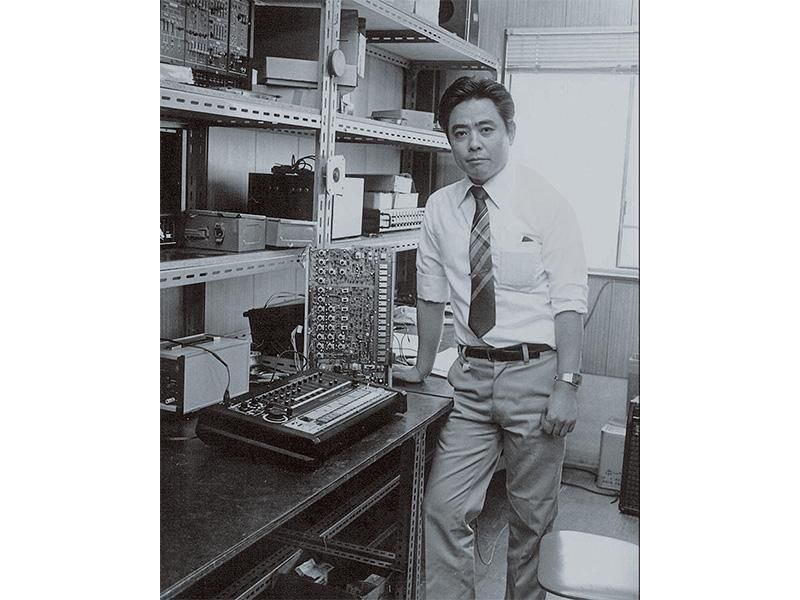 Tadao Kikumoto, with an early prototype of the legendary TR-808 drum machine.