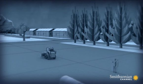 Preview thumbnail for video'Dismantling a Huge Howitzer for a Precarious Move