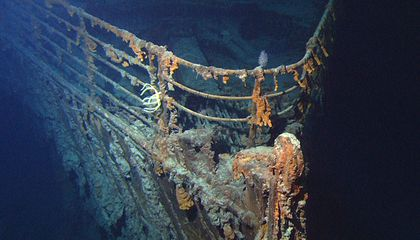 Tour Company Offers (Very Expensive) Dives to 'Titanic' Wreckage