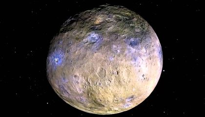 Ask the Astronaut: What makes moons and planets round?