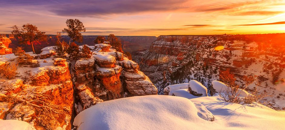 Grand Canyon and Sedona in Winter <p>Enjoy the inspiring landscape of the Grand Canyon when it&rsquo;s quiet, uncrowded, and even more visually stunning&mdash;during the splendor of winter.</p>
