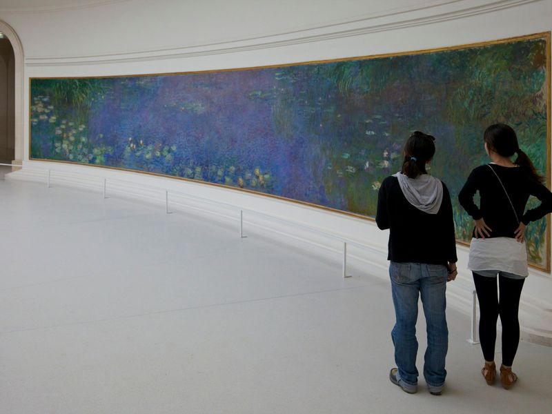 Teens in Art Museum