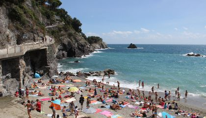 There's a Price to Pay for Saving Spots at Italian Beaches