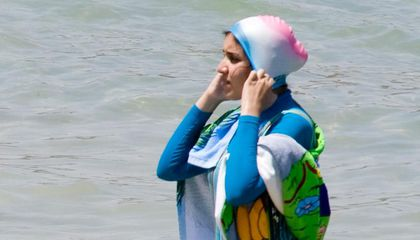 France's Top Court Overturns Burkini Ban