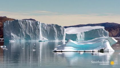 How This Ship Handles Seas Loaded With Icebergs