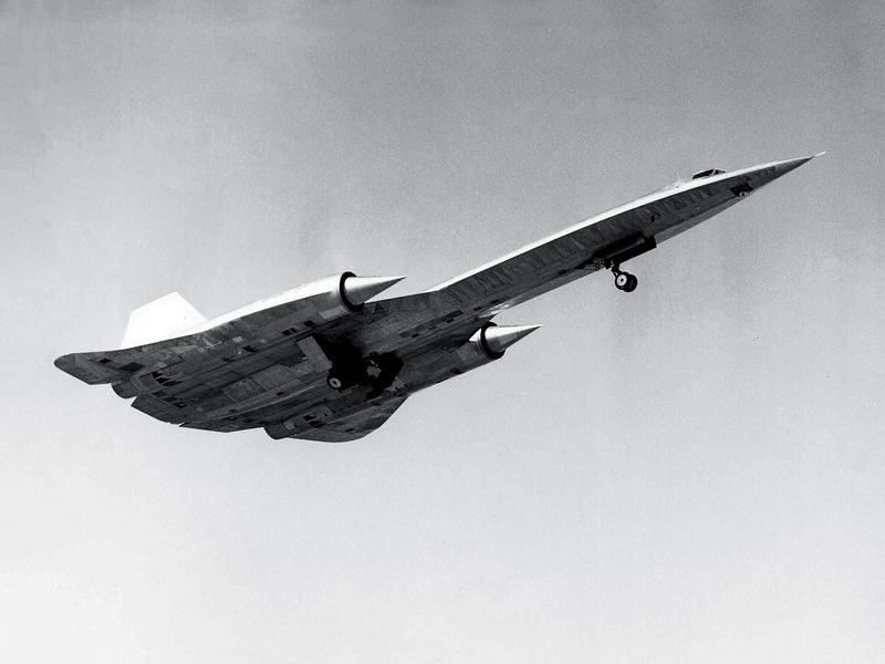 Lockheed tested the first A-12