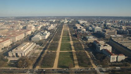 The National Park Service Warns Inauguration-Goers to Keep Off Its Lawn